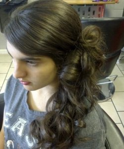 hair-ministry-hairdressing-pinewood-salon-rushmere-salon-capel-st-mary-salon-foxhall-salon-long-curly-brown-colour-haircut