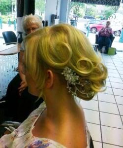 hairset-curly-hair-ministry-hairdressing-pinewood-salon-rushmere-salon-capel-st-mary-salon-foxhall-salon-colour-hair-up